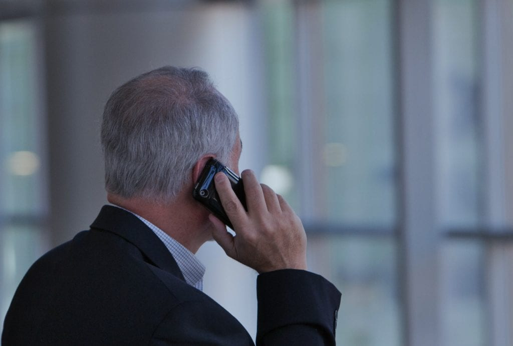 tips to avoid phone scams
